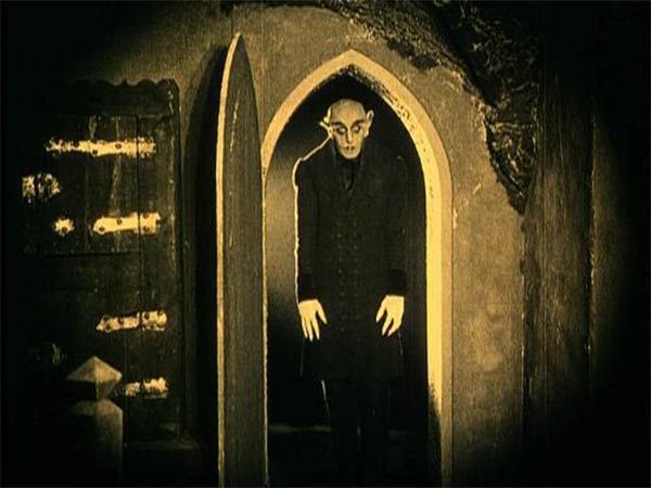 http://severedbloodlines.com/severed-cinema/images/news/05-26-2018/nosferatu.jpg